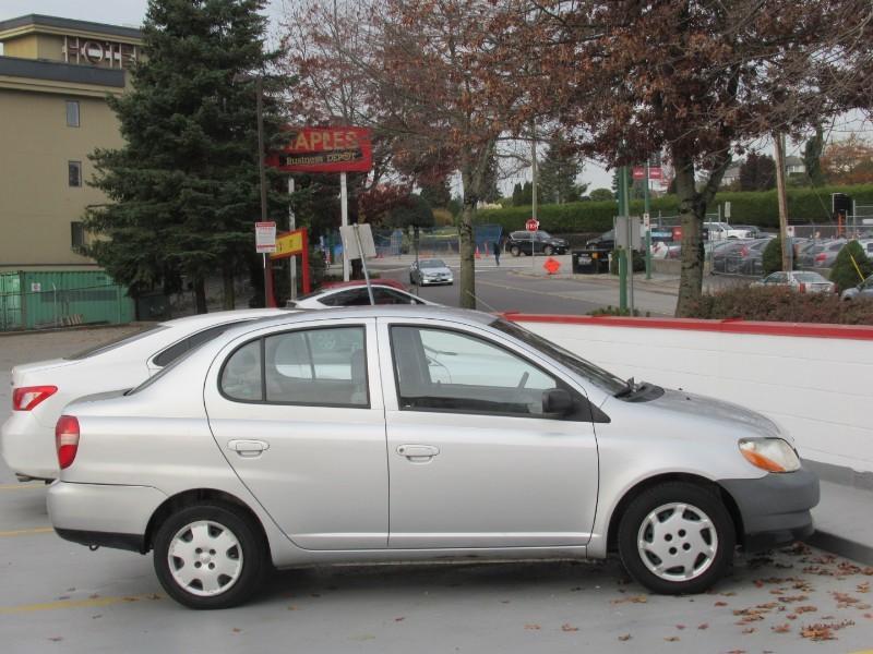 2001-Toyota-Echo