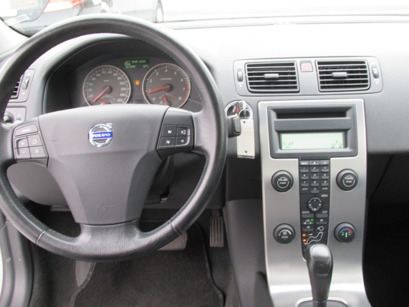 2005-Volvo-S40