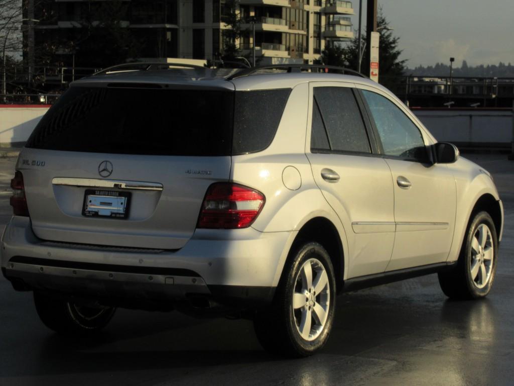 2007-Mercedes-Benz-M-Class