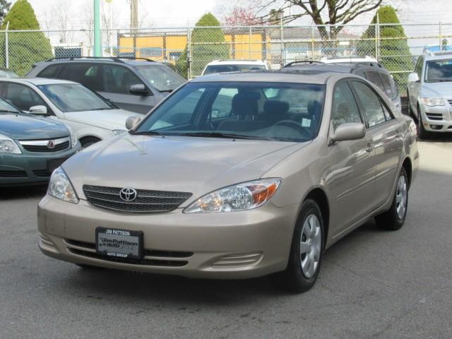 2004-Toyota-Camry