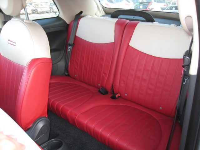 2013-Fiat-500C