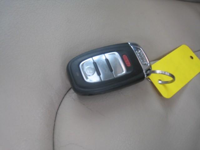 2009-Audi-A4 Quattro
