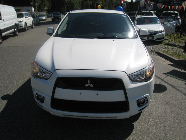 2011-Mitsubishi-RVR