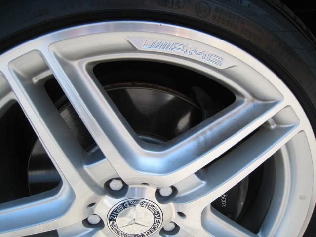2011-Mercedes-Benz-C350