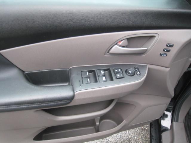 2012-Honda-Odyssey