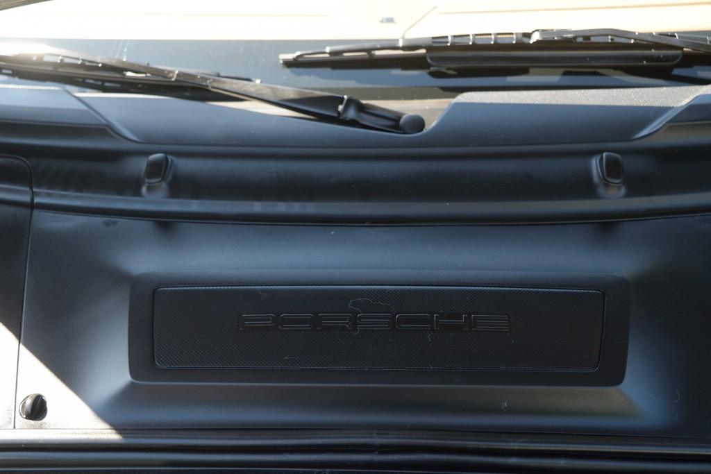 2011-Porsche-911