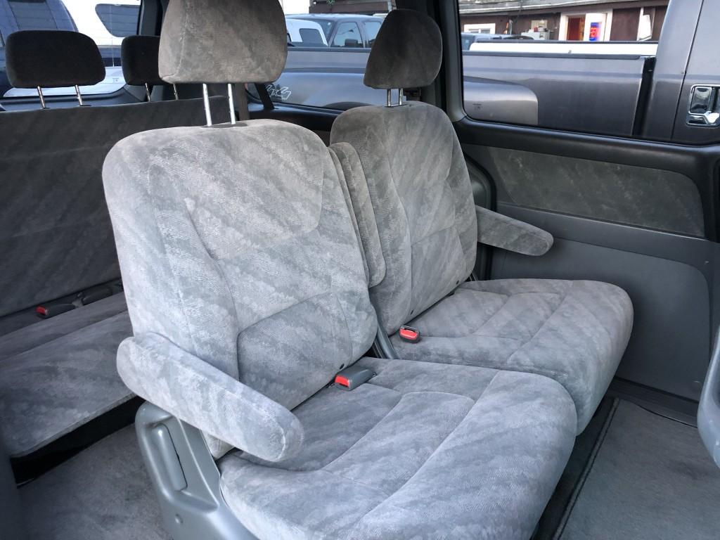 2003-Honda-Odyssey