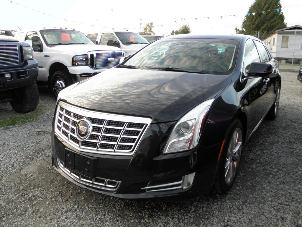 2013-Cadillac-XTS