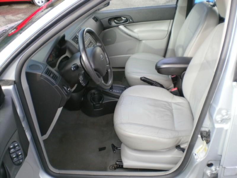 2007-Ford-Focus