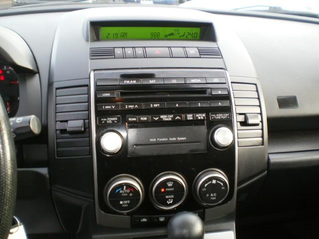 2010-Mazda-MAZDA5