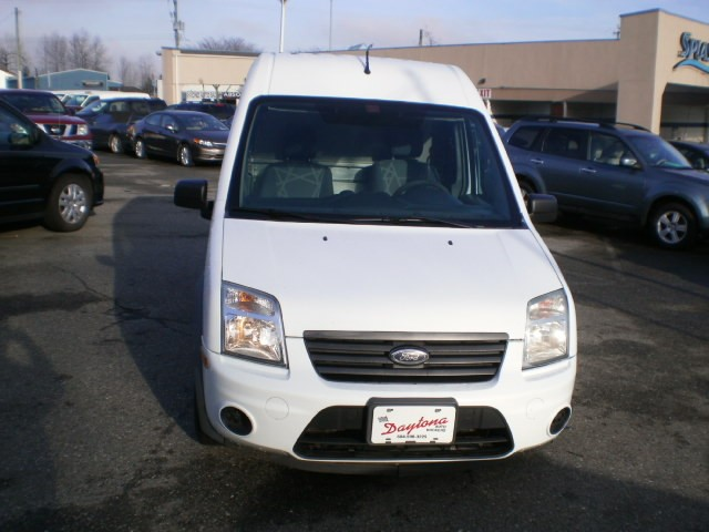 2011-Ford-Transit Connect