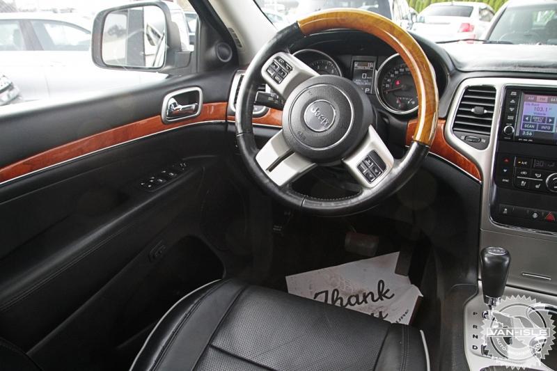 2011-Jeep-Grand Cherokee