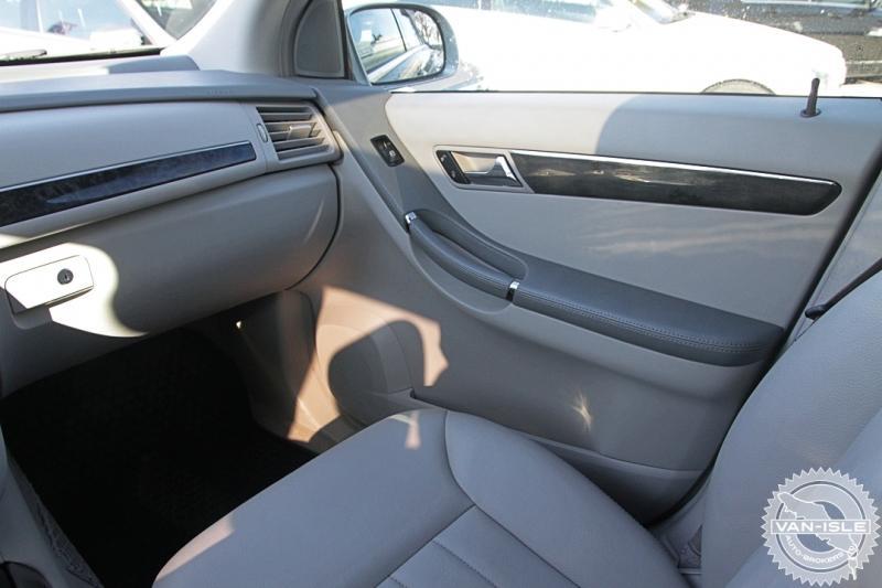 2010-Mercedes-Benz-R350 BlueTEC