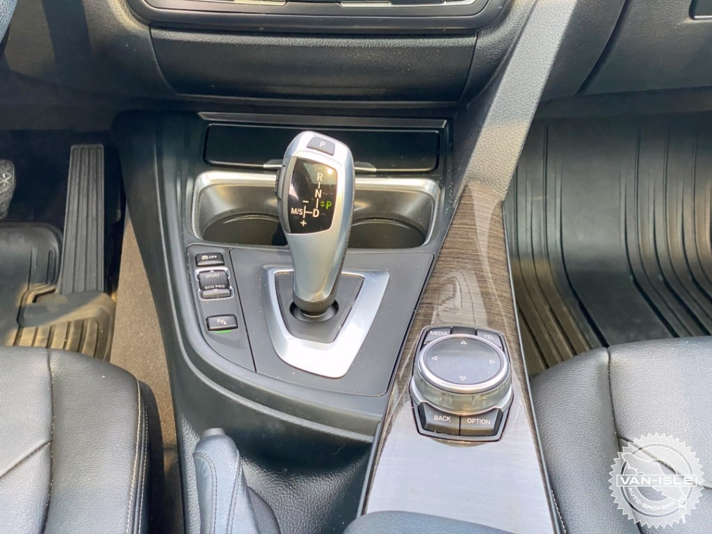 2014-BMW-328i GT xDrive