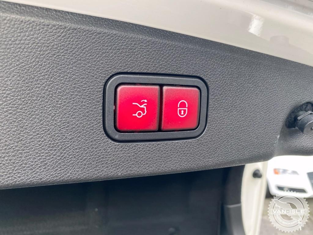 2012-Mercedes-Benz-E350 4MATIC