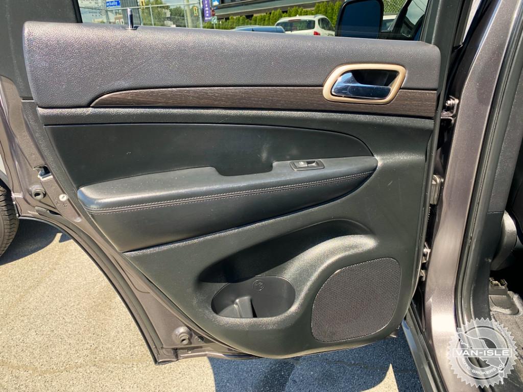 2015-Jeep-Grand Cherokee