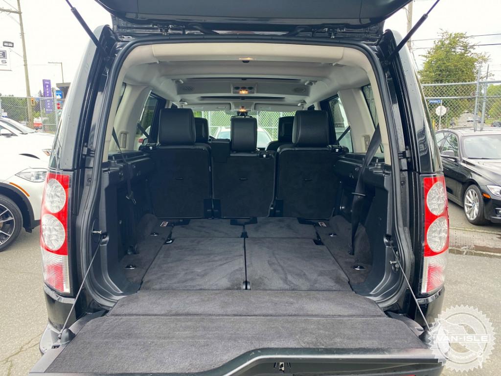 2010-Land Rover-LR4
