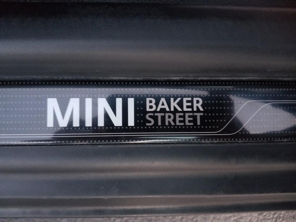 2013-MINI-Cooper Hardtop