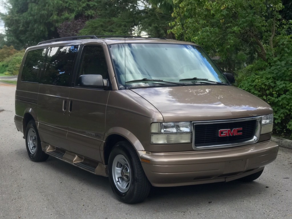 2001-GMC-Safari