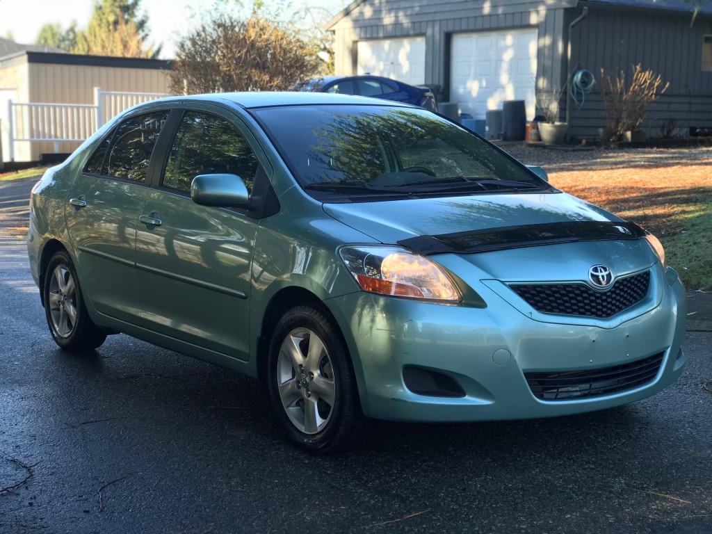 2010-Toyota-Yaris