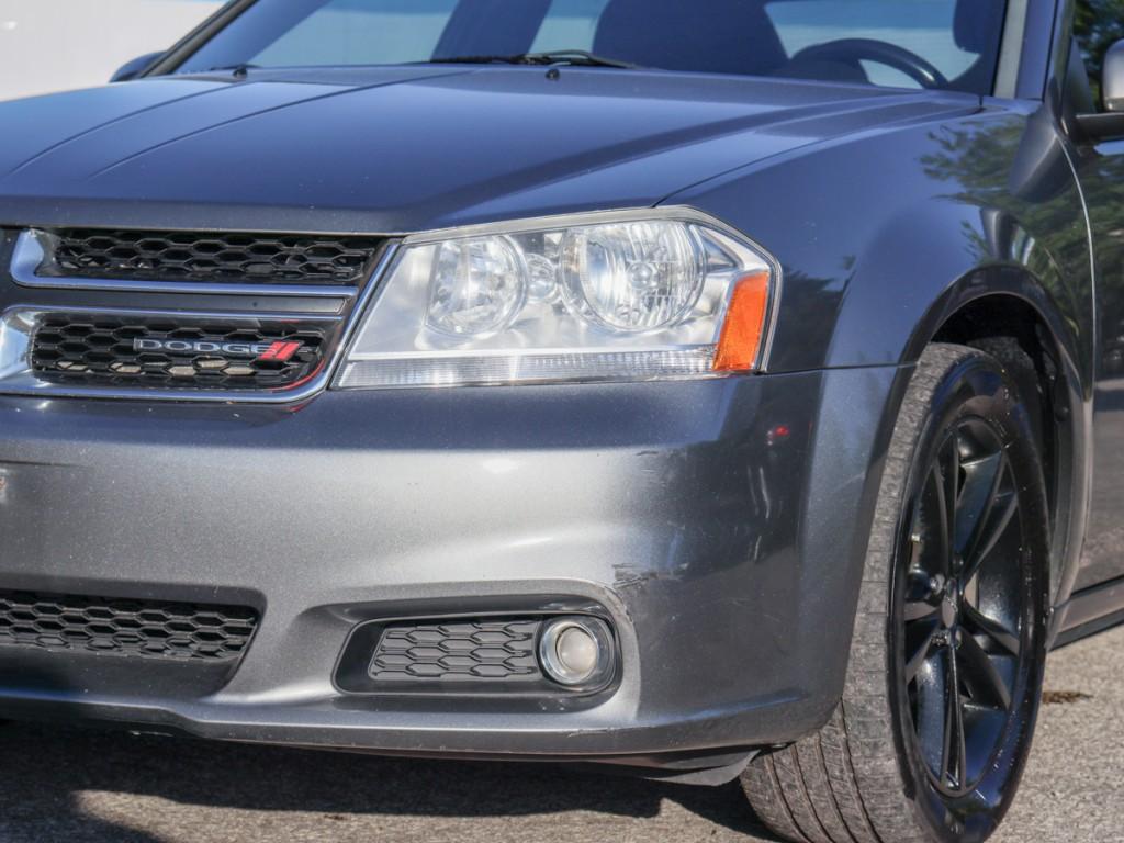 2012-Dodge-Avenger