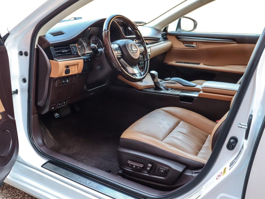 2016-Lexus-ES 350