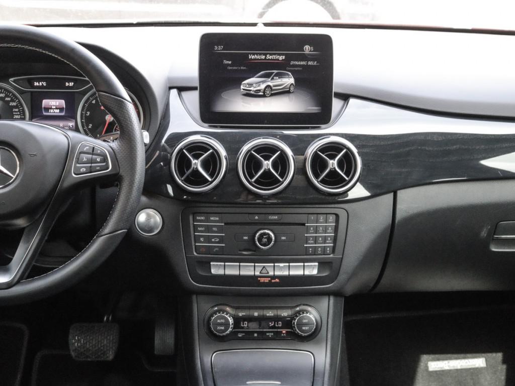 2018-Mercedes-Benz-B250