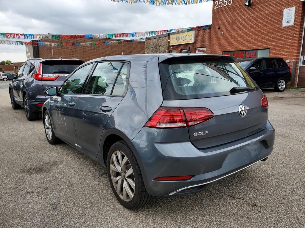 2021-Volkswagen-Golf