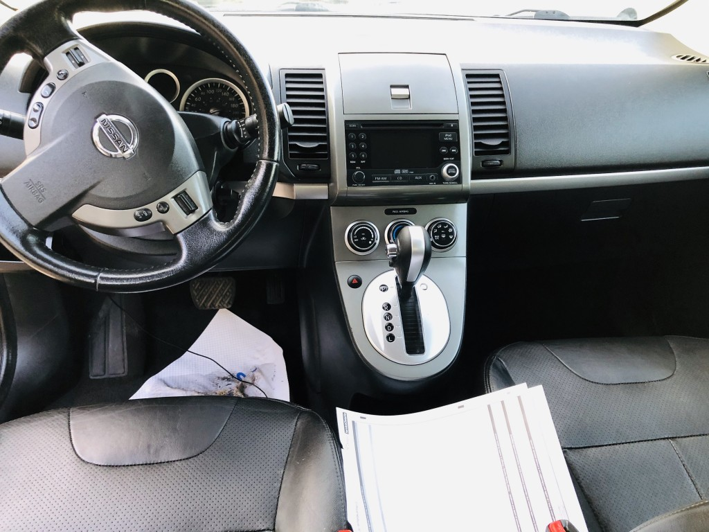2011-Nissan-Sentra