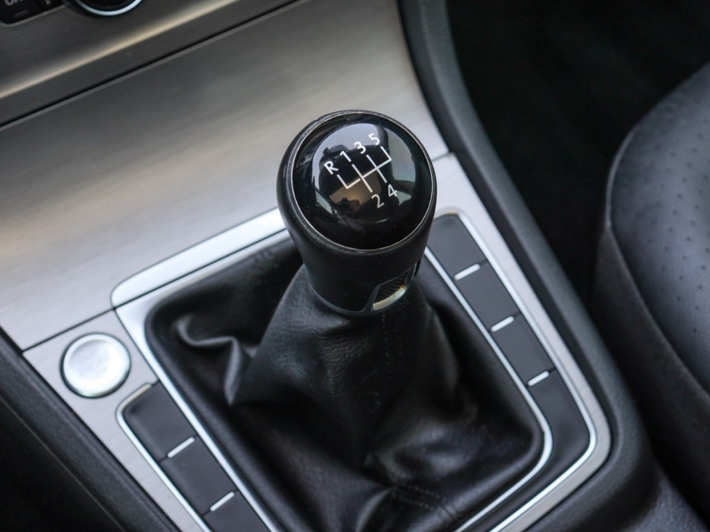 2017-Volkswagen-Golf