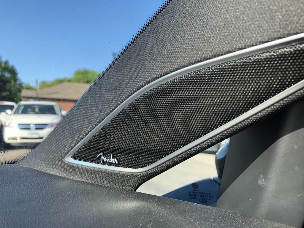 2017-Volkswagen-Golf R