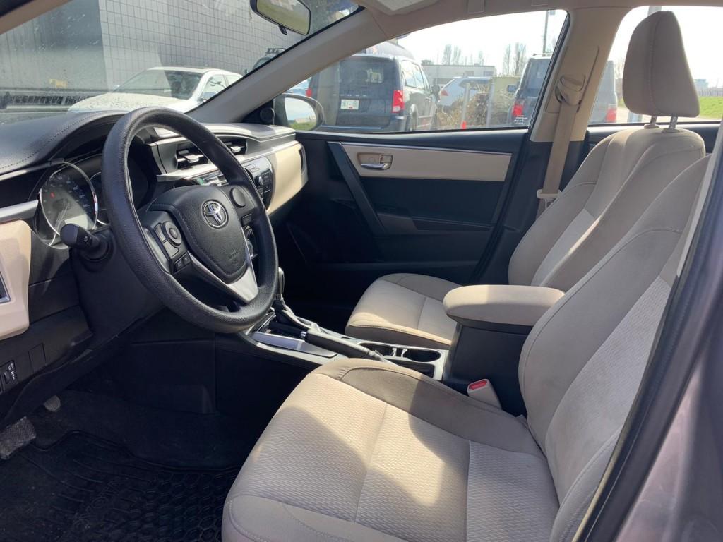 2014-Toyota-Corolla