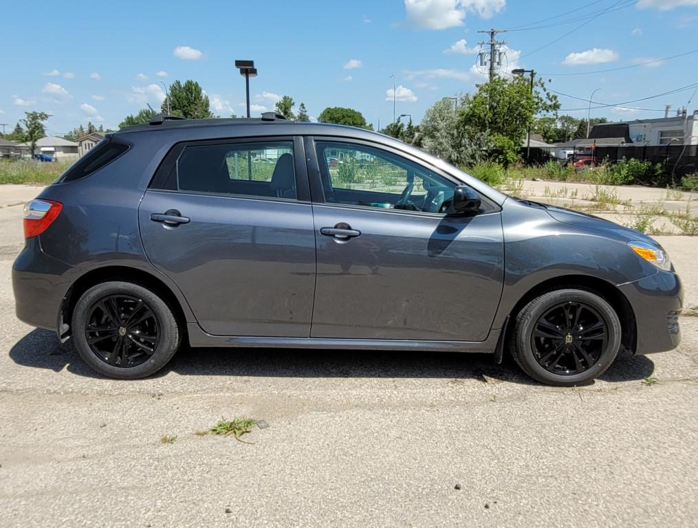 2012-Toyota-Matrix