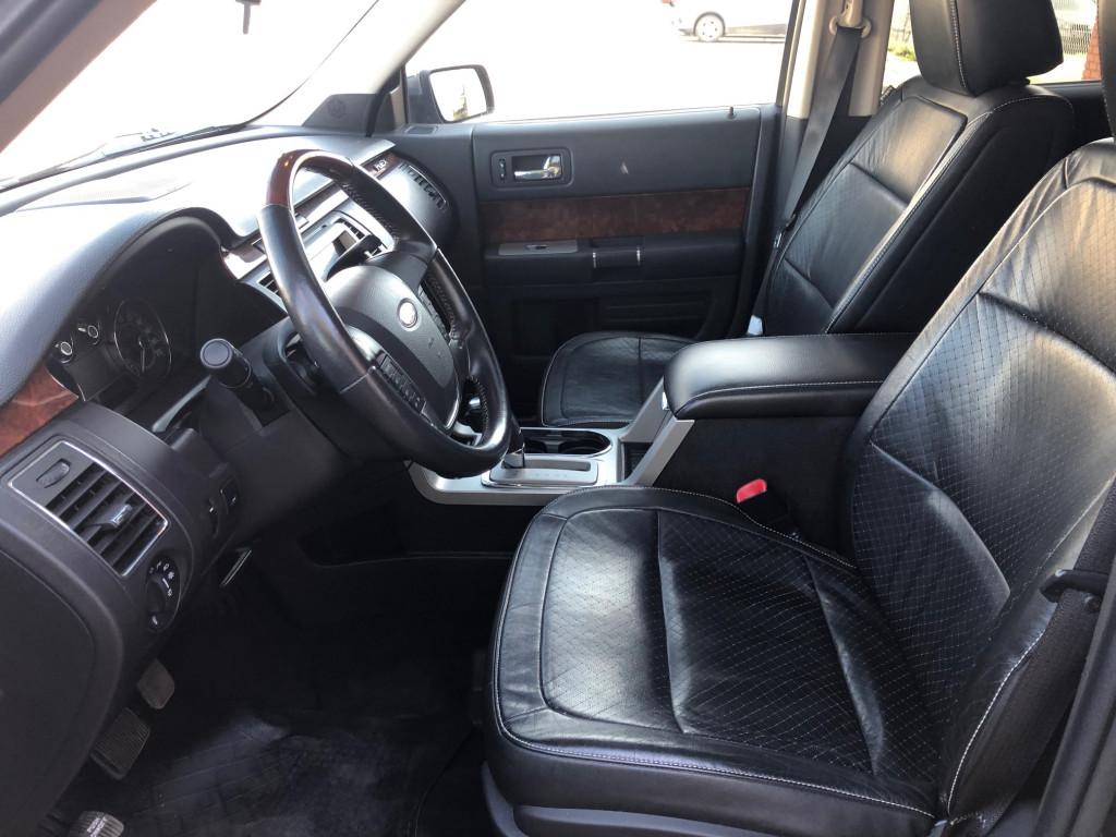 2011-Ford-Flex