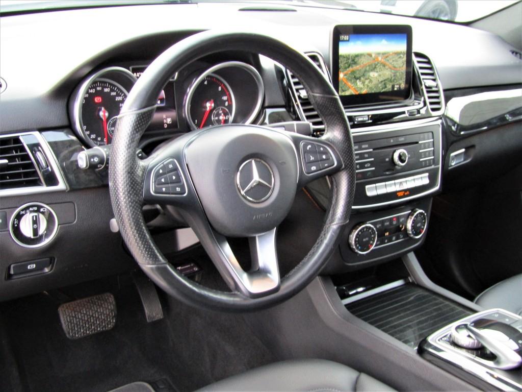 2016-Mercedes-Benz-GLE-Class