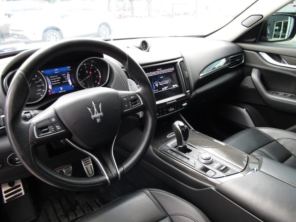 2017-Maserati-Levante