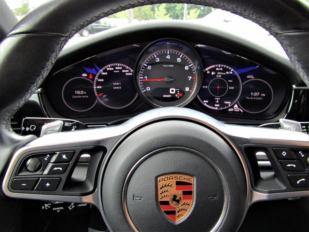 2018-Porsche-Panamera