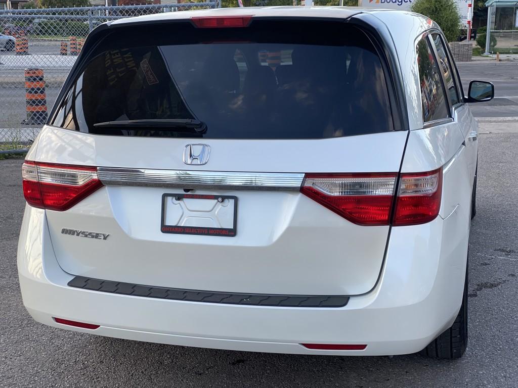 2013-Honda-Odyssey