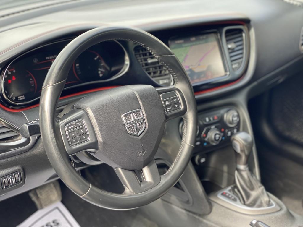 2015-Dodge-Dart