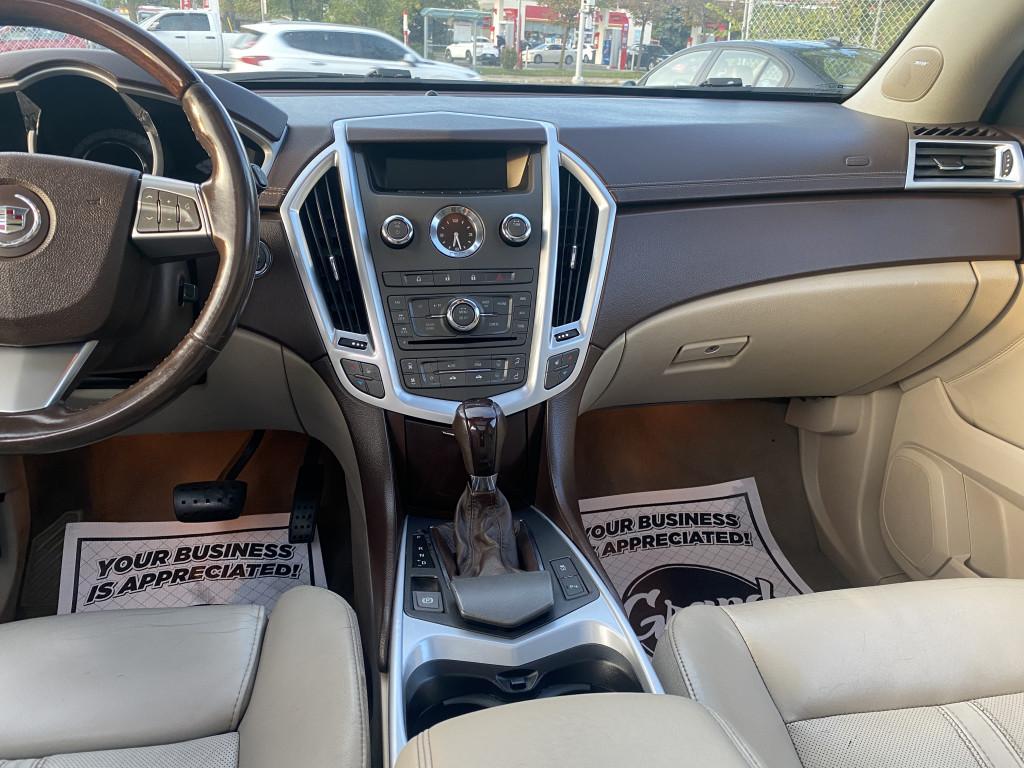2011-Cadillac-SRX
