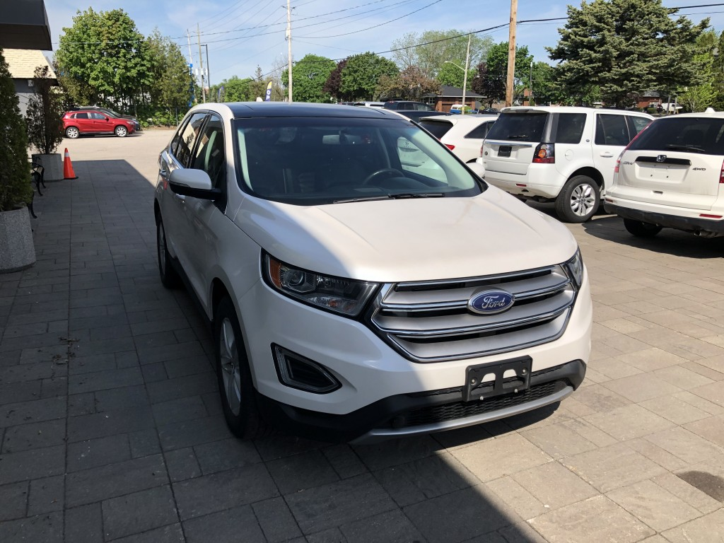 2015-Ford-Edge