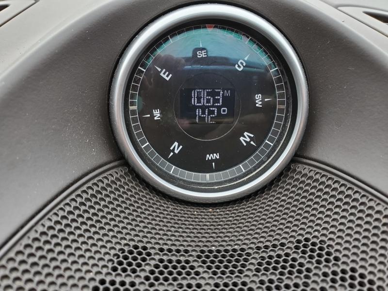 2011-Porsche-Cayenne