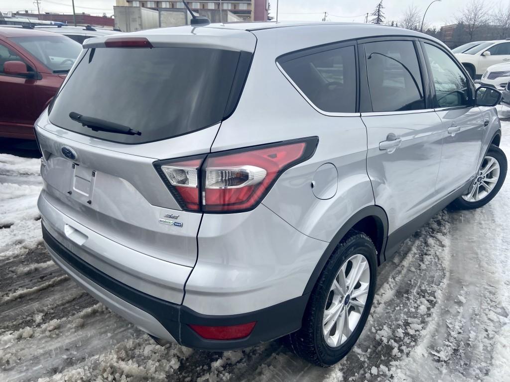 2017-Ford-Escape