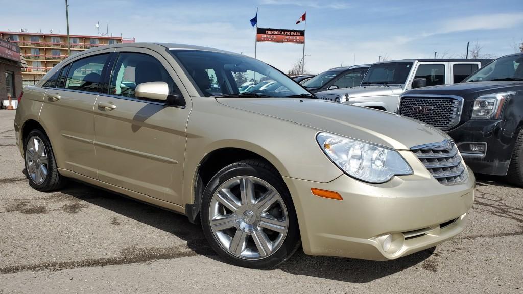 2010-Chrysler-Sebring