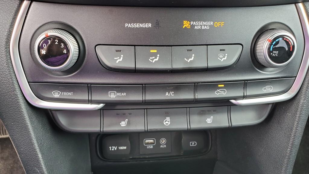 2019-Hyundai-Santa Fe