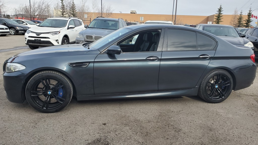 2012-BMW-M5