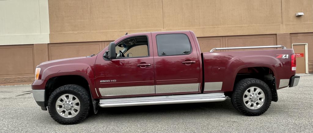 2014-GMC-Sierra 2500HD