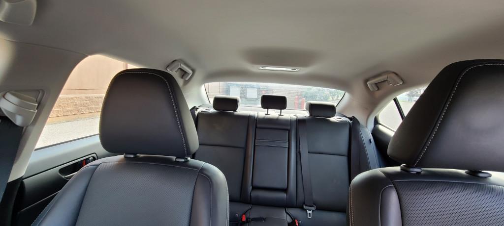 2018-Lexus-IS