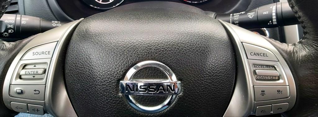 2016-Nissan-Altima