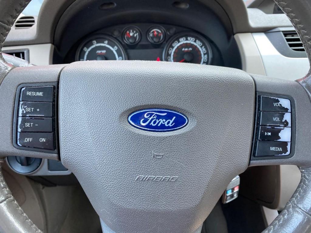 2008-Ford-Focus